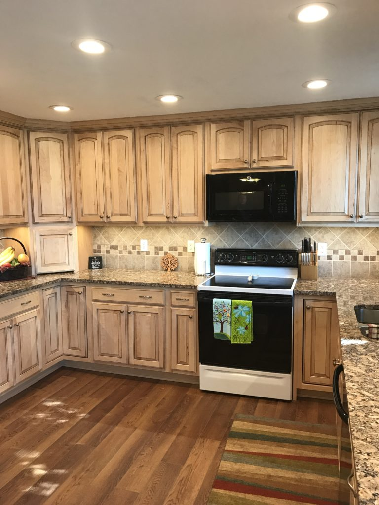 Beautiful Oak Kitchen Remodel