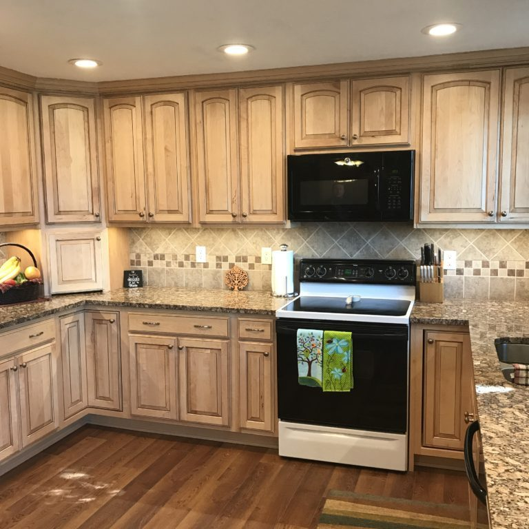 Beautiful Oak Kitchen Remodel